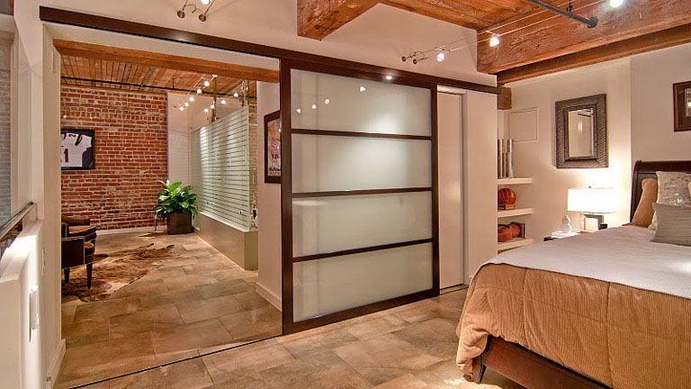 Real New York Apartment This New York Apartment Has A Shower In