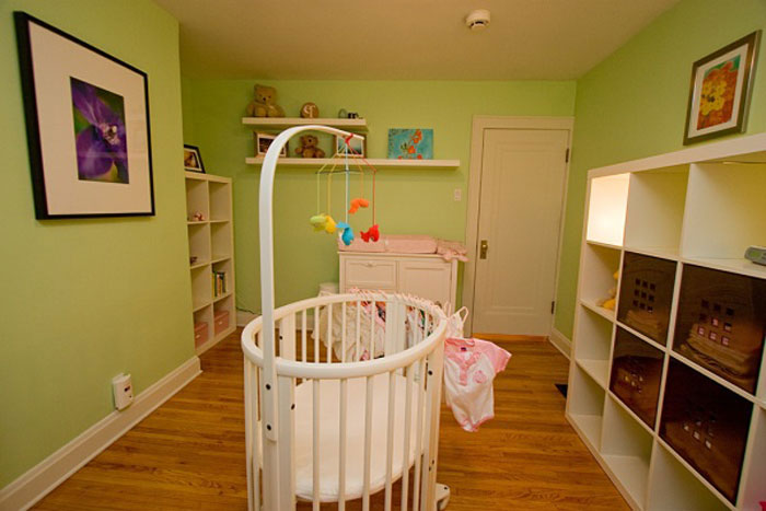 baby room in green