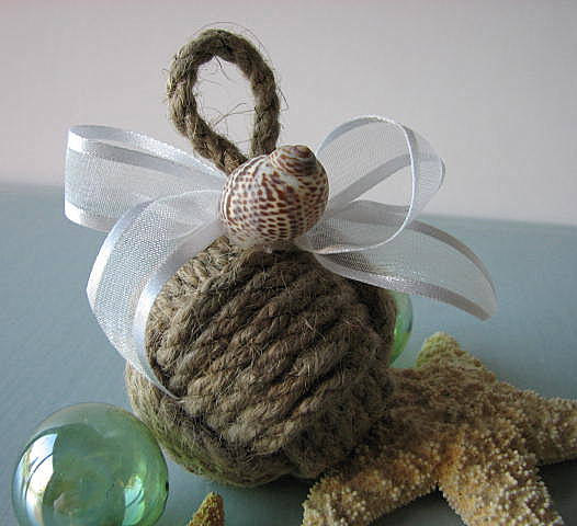 cool xmas tree decoration from sisal rope