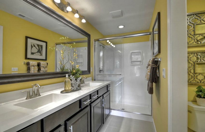 yellow walls in bathroom interior